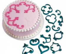 Wilton 2104-3160 12-Piece Cake-Decorating Press Set